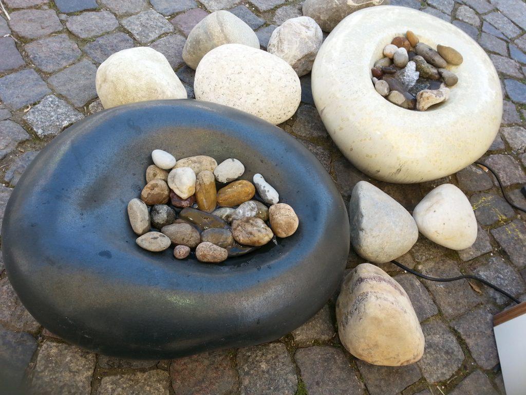 Brunnen, an der richtigen Stelle platziert, beleben und lassen das Qi frei fließen